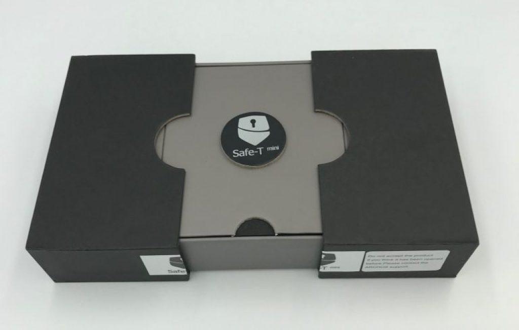 safe-t-mini-box-unboxing-e1535555446517-768x489